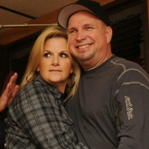 Necm s favorite country couples new england country music for Is garth brooks and trisha yearwood still married