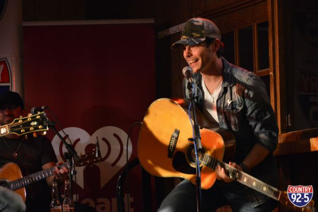The Stars Come Out For Country 92 5 S Concert For Kids New